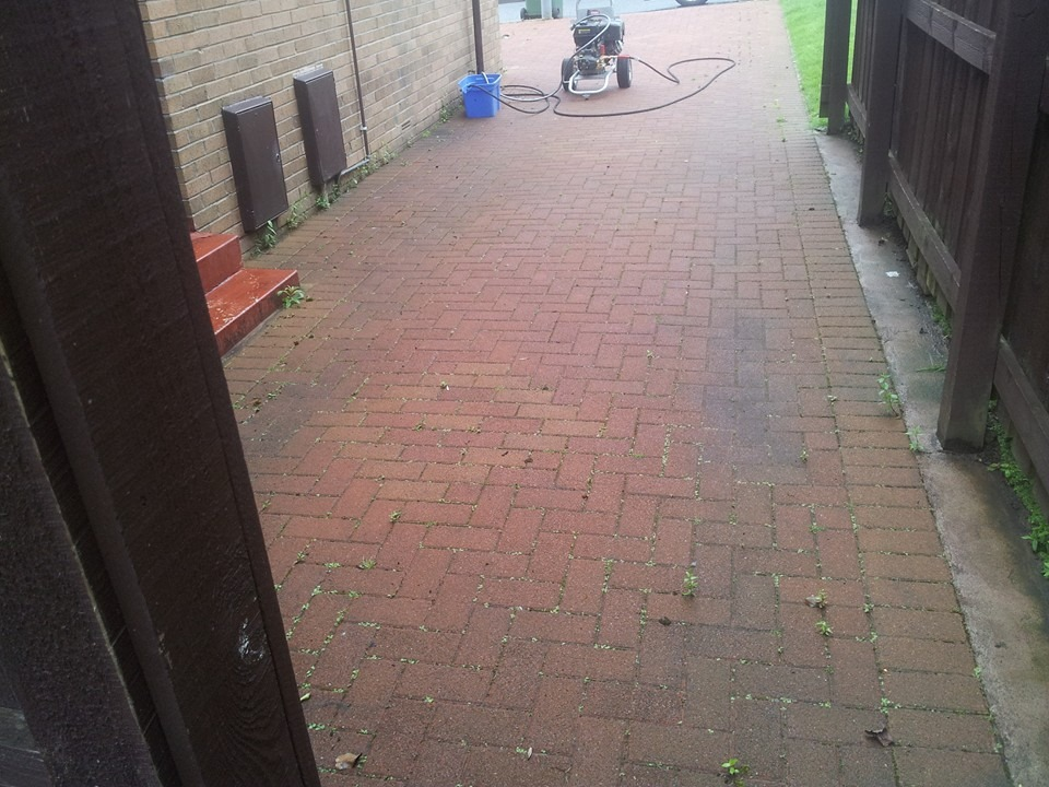 Driveway Cleaning Glasgow - Newton Mearns Before