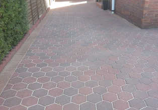 Pressure Washing Glasgow - Driveway Cleaning East Kilbride