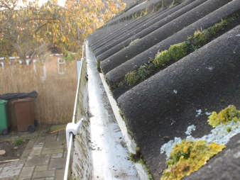 Gutter Cleaning in Glasgow | Eco Driveway Cleaning